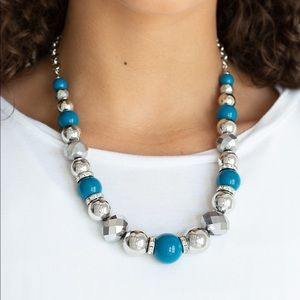 Weekend Party blue necklace